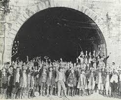 「1934年 - 丹那トンネルが開通」の画像検索結果