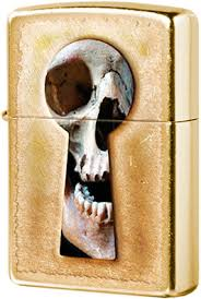 28540 <b>Зажигалка Zippo Keyhole</b> Skull, Gold Dust