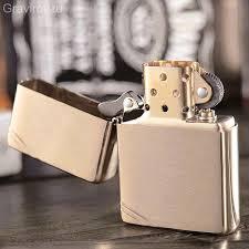 <b>Зажигалка Zippo Vintage</b> Brushed Brass 240