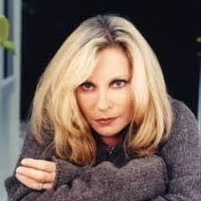 <b>Véronique Sanson</b> naît le 24 avril 1949 à Boulogne-Billancourt. - 581-veronique-sanson-400-400