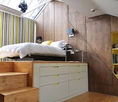 petite chambre coucher avec lit surlev et rangement chambre lit celio loft