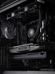 Костыль с подсветкой. <b>Cooler Master</b> выпускает универсальный ...