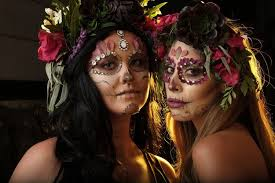 Read This Before You Dress Up in <b>Sugar Skull</b> Makeup This ...