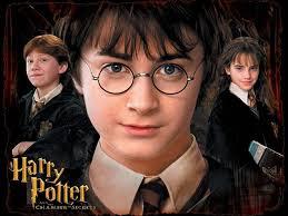 Harry Potter: Harry aki legyőzte az évszázad legjobb varázslóját:Tom Denent vagyis inkább szólitom az ujj nevén:WOLDEMORT Harmone Gringson: Harmone az első ... - harry_potter_es_a_titkok_kamraja_5283_218347