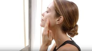 <b>Future Solution LX</b>: Eye and Lip Contour Regenerating Cream ...