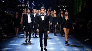 Dolce&Gabbana <b>Fall</b>-Winter <b>2017</b>-18 Men's Fashion Show - YouTube