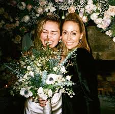 "Miley Ray Cyrus on Twitter: ""My <b>mama</b> told me this bouquet is for ..."