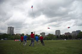 photo essay sky dancing kites the milwaukee independent 052816 kitefest 1610