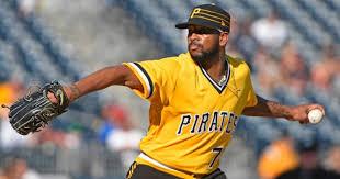 MLB trade deadline: Dodgers pursue Pirates' Felipe Vazquez - Los ...