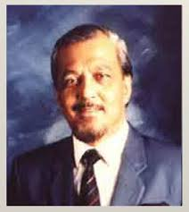 A Historical Narration Ceremony on a Personage Involved in Malaysia's Participation in the Commonwealth Games 30 July 1998. Tan Sri Dato' Elyas Omar - image_gallery%3Fimg_id%3D21916%26t%3D1386298894755