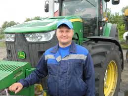 Rusmolco's <b>tractor driver</b> wins top place in the national ...