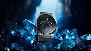 <b>Huawei</b> представила новые <b>умные часы</b>, ноутбуки и наушники ...