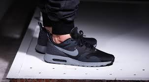 nike air max tavas black cool grey 02 black grey nike air