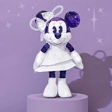 <b>Minnie Mouse</b>: The Main Attraction