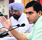 DC Rajat Aggarwal addresses officials in Ludhiana on Saturday. paddy procurement. Ensure timely payment to farmers: DC Ludhiana, September 28 - ldh6