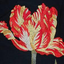 Вышитый <b>тюльпан</b> на трикотажном <b>платье</b>. #вышивка ...
