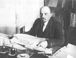 V.I. Lenin - En torno a la cuestión dialéctica Images?q=tbn:ANd9GcR07QWzhCQ9CMHmpOYsjE1hTWwYm4LJJ0KWpIOmxMLzwHYsrqe0