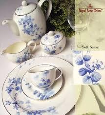 <b>ROYAL BONE CHINA</b> DINNER SET BY <b>ROYAL</b> PORCELAIN ...