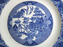 charger plates decorative: decorative charger plate blue white chinoiserie exotic birds usa vintage center wwwdecorativedishes