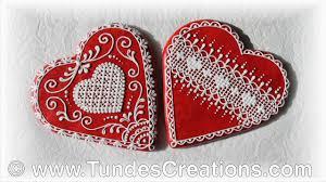 <b>Big</b> red gingerbread <b>hearts</b> with <b>lace</b> - YouTube