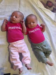 Outfits for <b>Twin Babies</b>: The Lowdown on <b>Babies</b>' Wardrobes