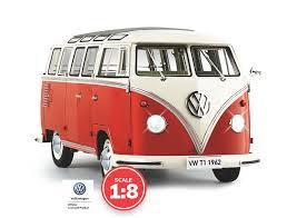 Build the <b>VW T1</b> Samba Camper Van Model   1:8 Scale