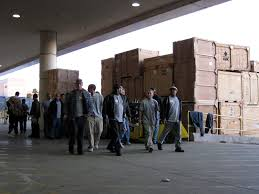 is temp work a smart option you decide pros cons of temporary unskilled temporary work at warehouse