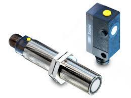Functionality and technology of ultrasonic sensors | Baumer
