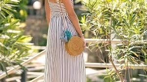 Как собрать <b>стильный гардероб</b> в отпуск: скачайте чек-лист для ...
