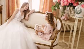Flirty and Fun <b>Wedding Dresses</b> | <b>Sweetheart</b> Gowns