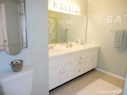 how to paint a small bathroom easy diy ideas for updating older bathrooms so many great ideas including how to paint