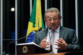Resultado de imagem para José Maranhão (PMDB-PB),