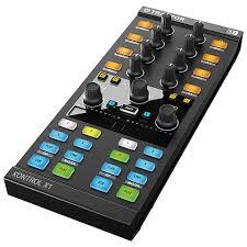 <b>Native</b> Instruments Traktor Kontrol X1 MK2 « <b>DJ</b>-контроллер