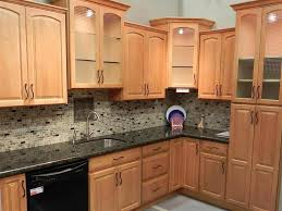 Honey Maple Kitchen Cabinets Maple Kitchen Cabinets With Granite Countertops Home And Art