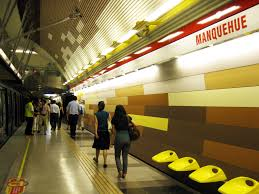 Manquehue metro station