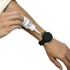 China New <b>Reusable</b> Silicone <b>Wristband Bracelet Hand Sanitizer</b> ...