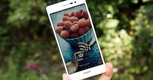 Huawei Ascend P7 review: the best mid-range phone you've never ...