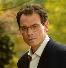 Daniel Silva is the author of 14 thriller espionage novels. His books are published in more than 30 countries and are international bestsellers. - DanielSilva_444
