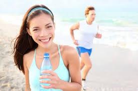 Resultado de imagen para imagenes de personas bebiendo agua animadas