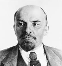 Lenin - El estado y la Revolución (1917) - Página 2 Images?q=tbn:ANd9GcR4JcA0W3a8Pc8ZVzRyRAdTHhXcHYoRnEhL_LGEq2gPsKqVdqnKPg