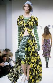 dresses paris couture wall decor   perry ellis spring  rtw  shalom harlow
