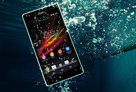 Sony Xperia ZR Smartphone Doubles as an Underwater Camera