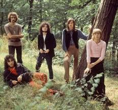 Peter Green: <b>Fleetwood Mac</b> co-founder dies aged 73 - BBC News