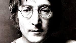 Unge John Lennons brev till salu | SVT Nyheter