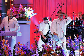 <b>Faith No More</b> Don't Feel 'Dirty' About Touring Without New Music