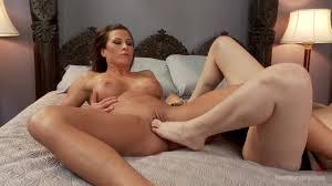 Ariel X loves playing with nerdy lesbian PornDoe