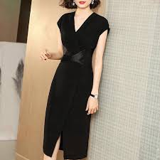 <b>Dress</b> wanita <b>2019 summer new</b> V-neck stitching high waist slim ...