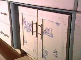 kitchen cabinet door trim: related to kitchen cabinets  hccan cabinet toile afterjpgrendhgtvcom related to kitchen cabinets