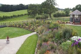 Small Picture GARDEN IDEAS AND DESIGN BLOG HORNBY GARDEN DESIGNS FULL