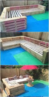 Patio <b>Garden Corner</b> Seating with <b>Pallets</b>   <b>Pallet</b> Ideas #<b>Corner</b> ...